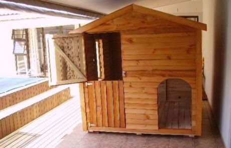 Dog Houses Gallery image 1